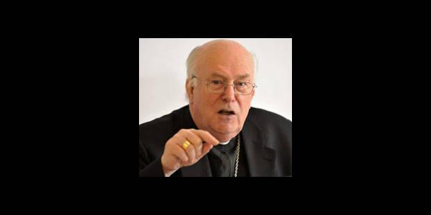 Accusé, le cardinal Danneels se défend - La DH