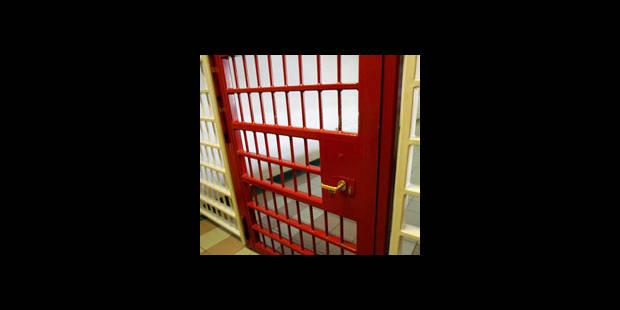 Une mère infanticide condamnée à la prison à vie pour avoir tué ses jumeaux - La DH