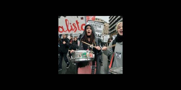 La Grèce paralysée par une grève générale contre la rigueur - La DH