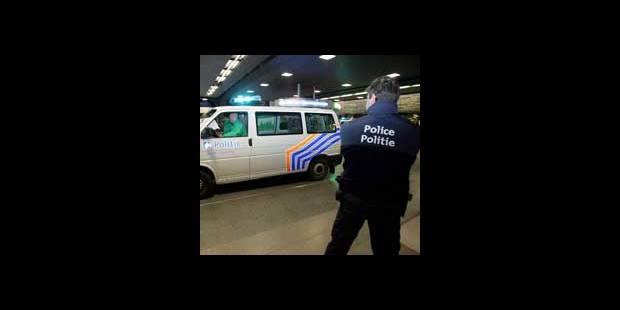 Quatorze policiers inculpés - La DH