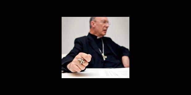 Mgr Léonard compare homosexualité et anorexie - La DH