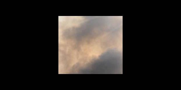 Un immeuble à appartements frappé par la foudre et évacué à Nivelles - La DH