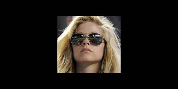 La chanteuse canadienne Avril Lavigne divorce