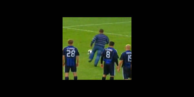Le supporter tire lui-même le penalty - La DH