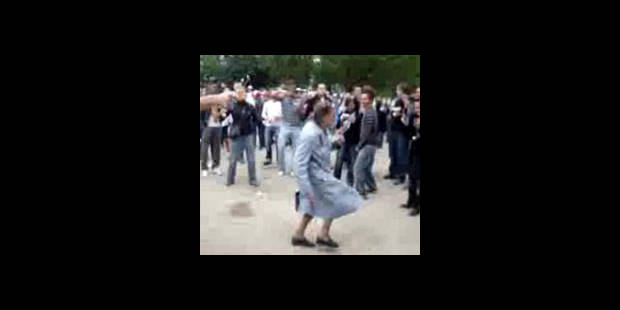 Mamie Travolta à la City Parade (VIDEO)