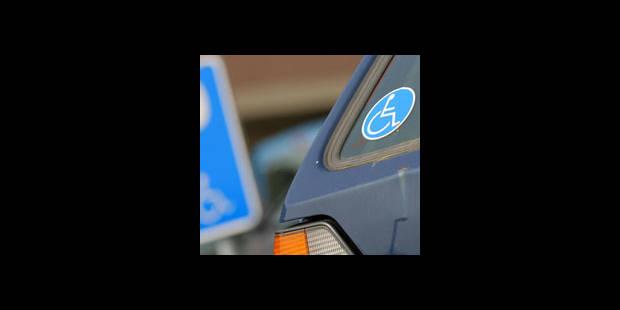 Un automobiliste handicapé porte plainte pour violence policière - La DH