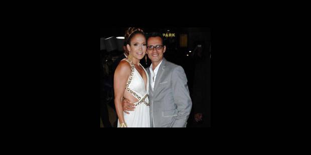 Des larmes pour les 40 ans de Jennifer Lopez - La DH