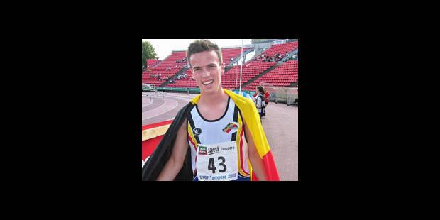 Stef Vanhaeren médaille d'or du 400 m haies du FOJE - La DH