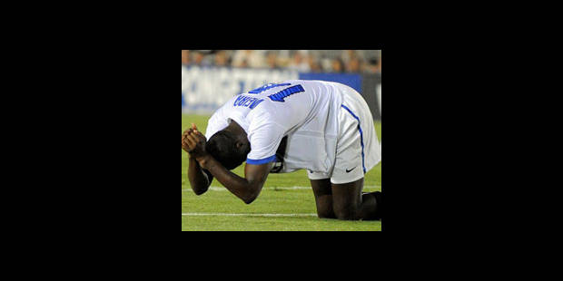 Vieira, touché à un doigt, pourrait être opéré - La DH