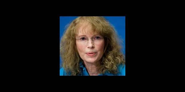 Mia Farrow va faire une grève de la faim en solidarité avec la population du Darfour - La DH