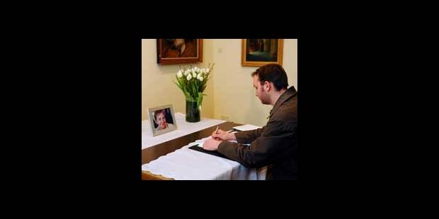 Recueillement à Termonde en hommage aux victimes - La DH
