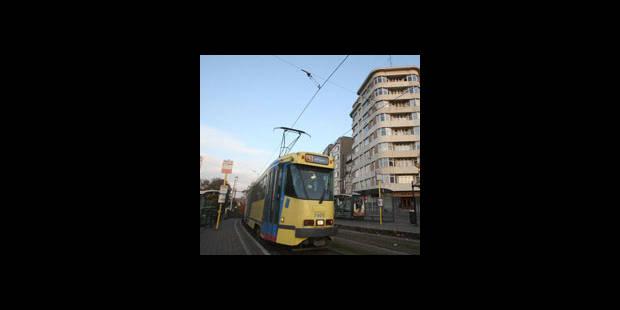 Une personne renversée par un tram à Bruxelles - La DH