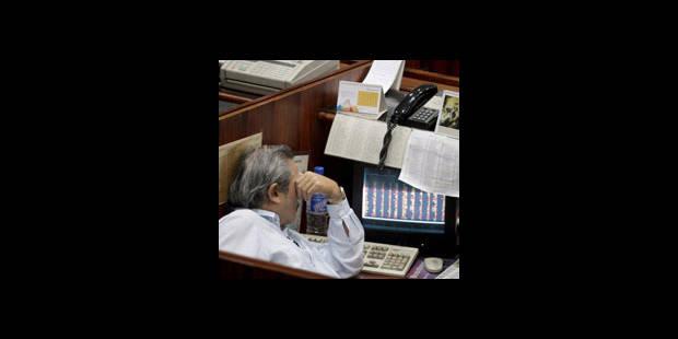 Les marchés boursiers flambent mais les menaces persistent - La DH