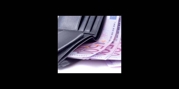 """""""L'argent avant tout"""" - La DH"""