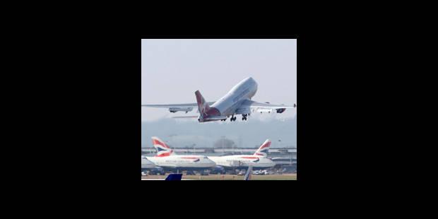 14 avions interdits de vol - La DH