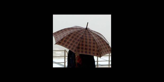 Trois coups de parapluie fatals - La DH