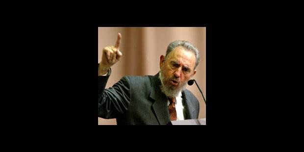 Fidel Castro renonce au pouvoir - La DH