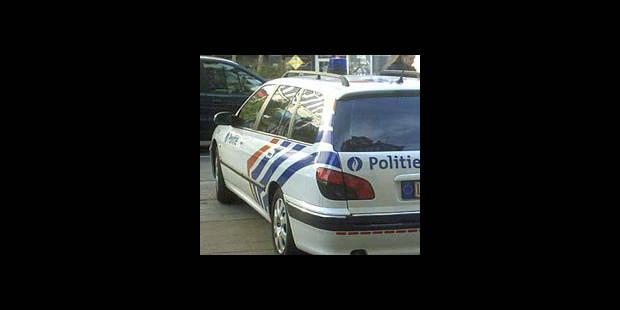 Il double la police à 180 km/h ! - La DH