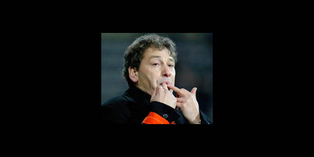 Jacky Mathijssen remplacé par Van de Walle à Charleroi - La DH