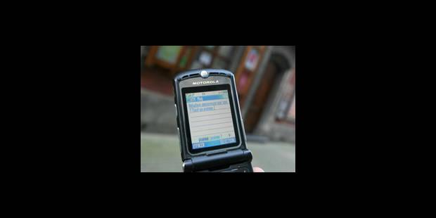 SMS: les opérateurs parés pour le grand rush - La DH
