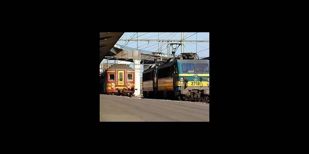 Gare aux trains rouges - La DH