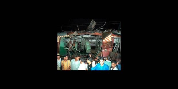 Attentats à l'explosif à Bombay : au moins 140 morts - La DH