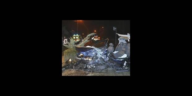 Huit morts sur les routes - La DH