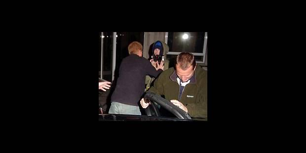 Le Prince Harry en vient aux mains avec un paparazzi - La DH