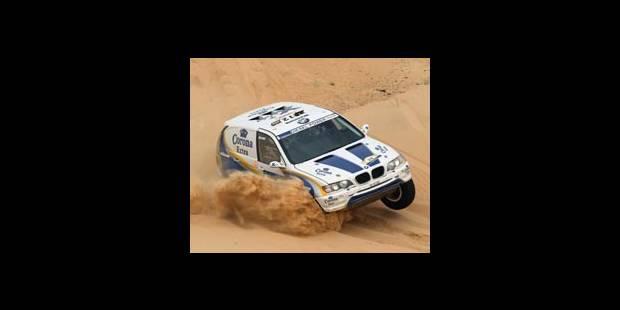 Dakar 2004 - Schlesser : <i>«J'ai eu très peur pour eux!»</i>