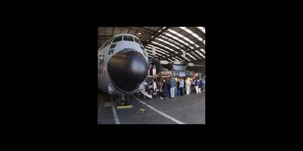 Dans le ventre du C-130 - La DH