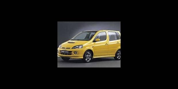 Daihatsu YRV Turbo SXE aut. - La DH
