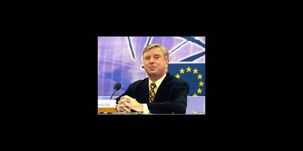 Pat Cox: de journaliste télé à président du Parlement européen - La DH