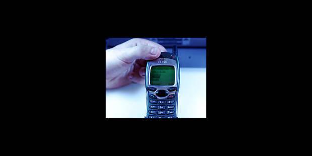 Les Belges accros aux SMS! - La DH