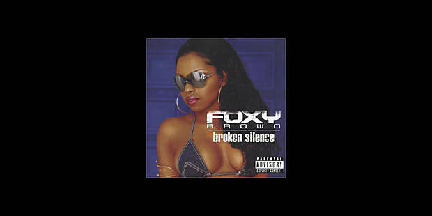 Foxy Brown rompt le silence