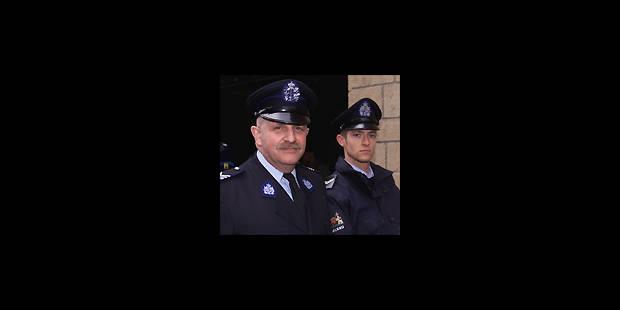 Uniformes des policiers: de gros changements - La DH