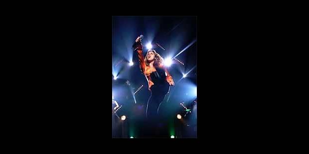 Lara Fabian mise aussi sur le feu et les shows de lumière - La DH
