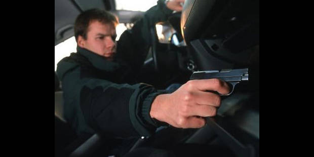 Plus aucune arme à feu en vente libre en Belgique - La DH