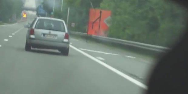 Une voiture radar de la police flashée en zone 90 à... 139 km/h