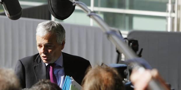 Didier Reynders suspend le détachements de diplomates au sein de missions internationales - La DH