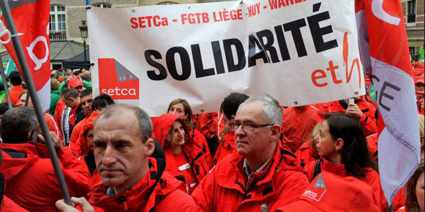 Statut unique: les syndicats délogés du Mont des Arts par la police - La DH