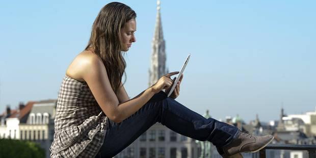 Un Belge sur cinq gère son argent sur sa tablette ou smartphone - La DH
