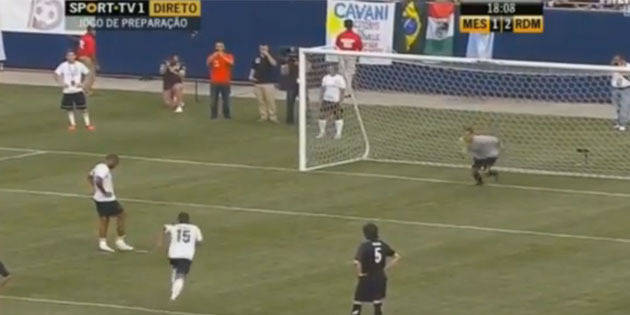 Le penalty à deux, version Henry-Malouda