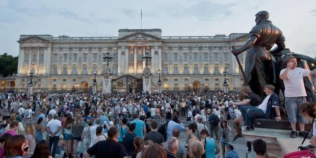 Le Royaume-Uni accueille son héritier - La DH