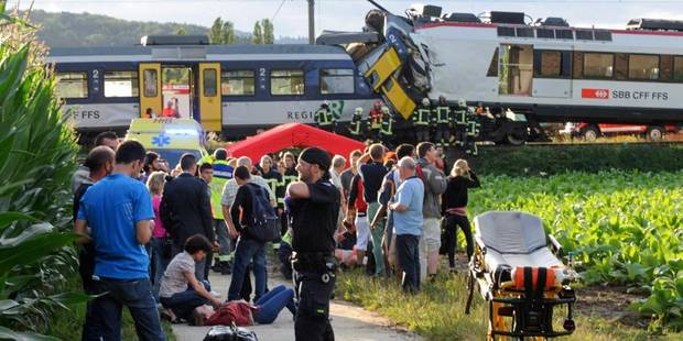 Collision en Suisse: non-respect de la signalisation, piste privilégiée - La DH