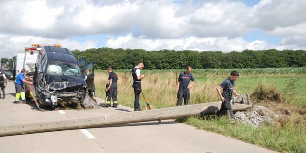 Accident : un 4x4 coupe l'électricité de plusieurs villages - La DH