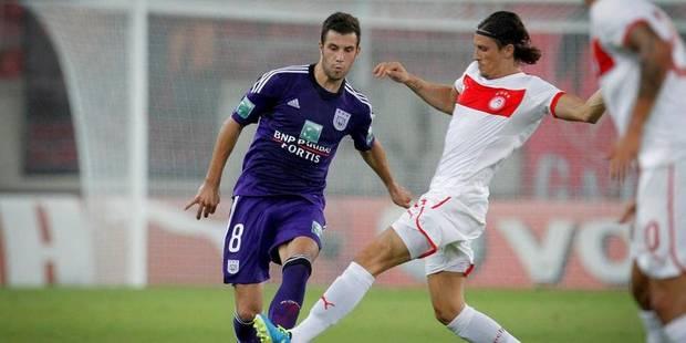 "Van den Brom: ""Milivojevic doit encore s'adapter au football belge"" - La DH"