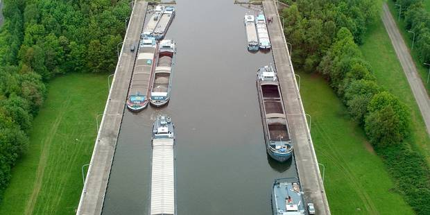 Ronquières: La circulation fluviale reprendra comme prévu le 26 août - La DH