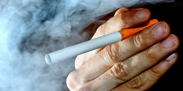 Attention: e-cigarette nocive! - La DH