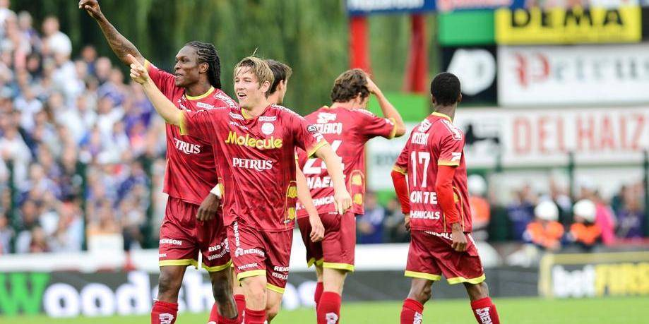 Zulte Waregem domine Anderlecht au terme d'un match complètement fou (4-3)