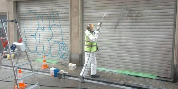 Bruxelles nettoie gratuitement les tags - La DH